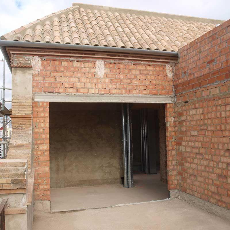 Obra rehabilitaci n edificios sevilla min constructora for Oficina pelayo sevilla