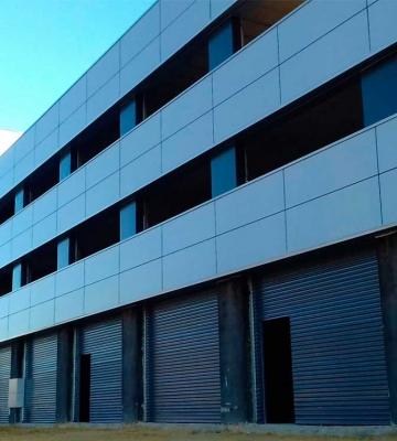 Edificio de oficinas y naves en Polígono PISA (Mairena del Aljarafe)