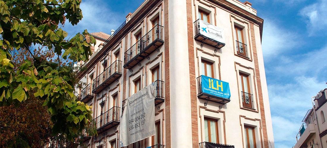 Rehabilitación de edificio en Avda. Menéndez y Pelayo (Sevilla)